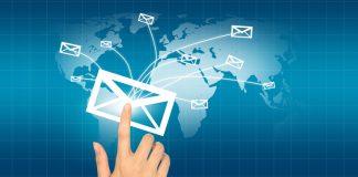 Manfaat menggunakan email